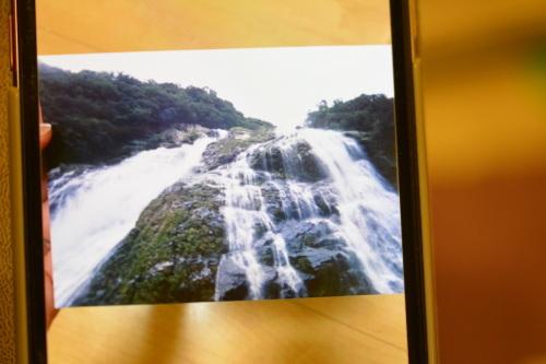 スマホに浮かび上がる滝やハートは、パワースポットの屋久島だった!_b0307951_23023600.jpg