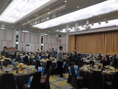 珍しい沖縄式の結婚式に出席させてもらった話_f0232060_11495471.jpg