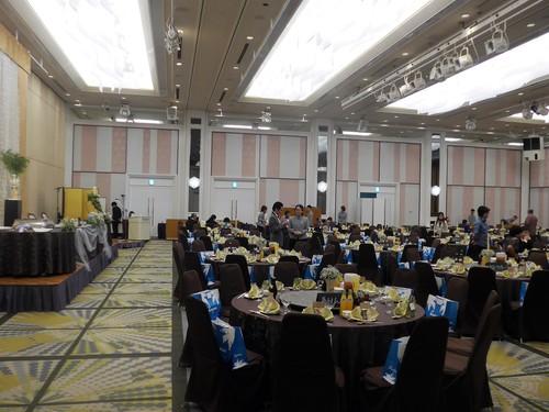 珍しい沖縄式の結婚式に出席させてもらった話_f0232060_12131619.jpg