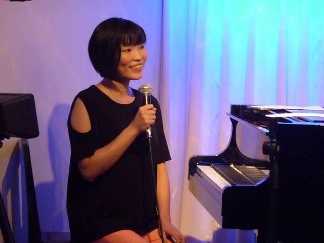 広島 Jazzlive Comin ジャズライブ カミン 本日9月24日火曜日のライブ_b0115606_12083369.jpeg