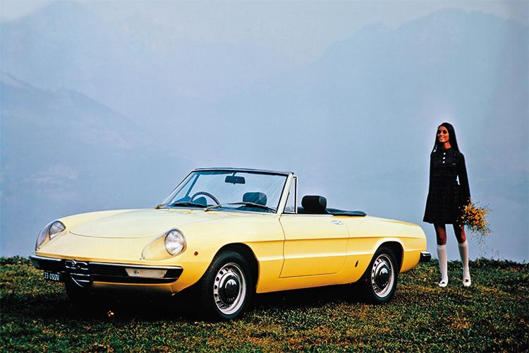 alfa romeo にみる現代の車と70年代の車の美しさの違い_a0129711_18591048.jpg