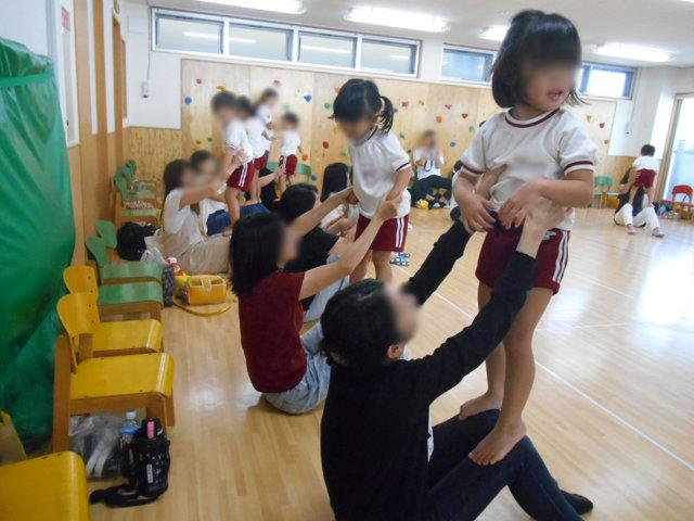 ぞう組 保育参観と給食懇談会_e0148419_14133858.jpg