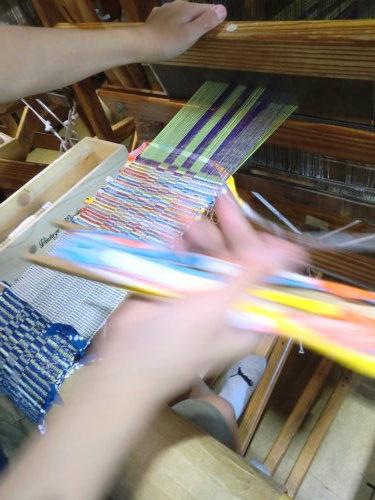小学生の体験織一日目_e0190625_17351271.jpg