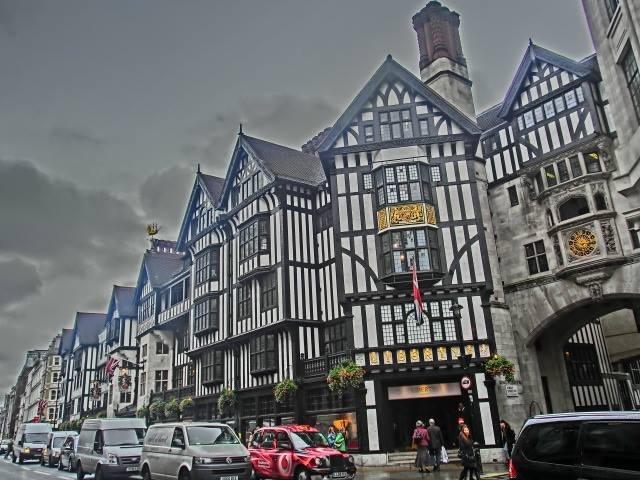 英国 ロンドン (9)   リバティ  Liberty_b0408745_18193052.jpeg