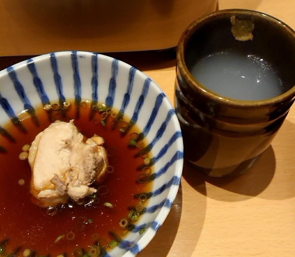 博多で水炊き_a0098948_04090873.jpg