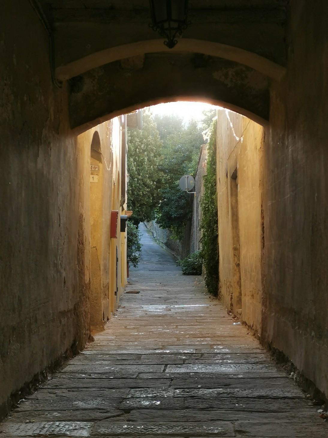 粉挽きとサンタガタの村散歩_f0106597_16541109.jpg