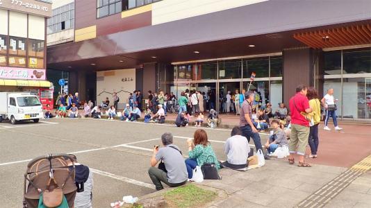 「米と酒 魚沼の陣」が浦佐駅で開催されました_c0336902_11005521.jpg