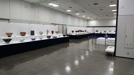 作業日誌(「第25回日本陶芸展九州展」作品搬入展示作業)_c0251346_16065473.jpg
