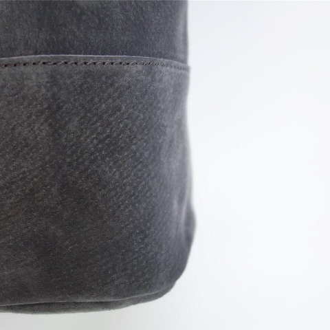 ARTS&CRAFTS : PIG SUEDE DRAW STRINGS POUCH_a0234452_18491428.jpg