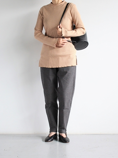 THE HINOKI Cotton Horse Cloth Tapered Easy Pants / Charcoal Brown_b0139281_15481895.jpg