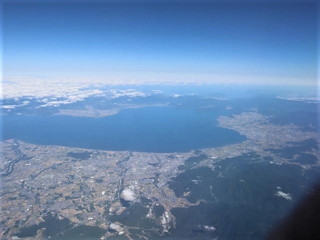 少子化対策、高齢者対策、日本の明日は明るい未来か、希望が持てる日本の社会づくり・・・琵琶湖、津軽平野_d0181492_07195716.jpg