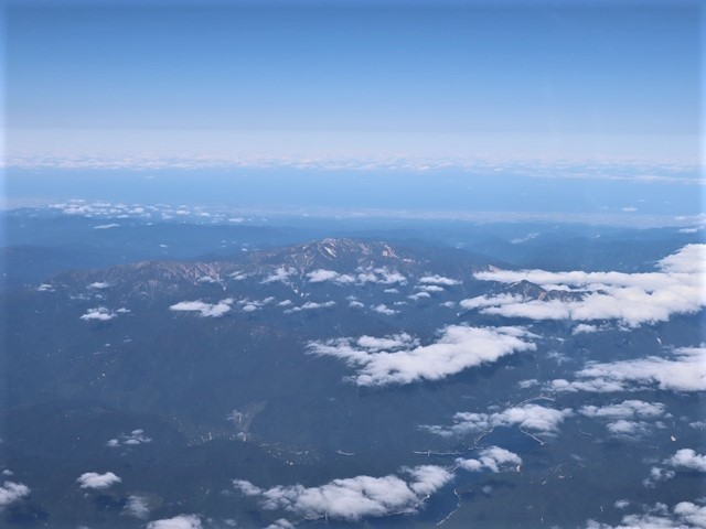 少子化対策、高齢者対策、日本の明日は明るい未来か、希望が持てる日本の社会づくり・・・琵琶湖、津軽平野_d0181492_07202986.jpg