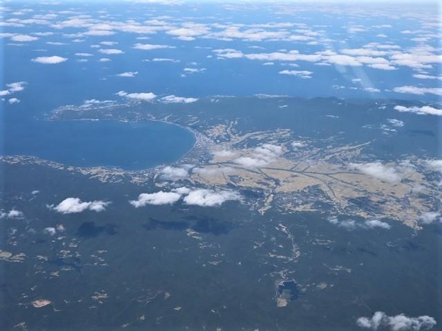 少子化対策、高齢者対策、日本の明日は明るい未来か、希望が持てる日本の社会づくり・・・琵琶湖、津軽平野_d0181492_07212828.jpg