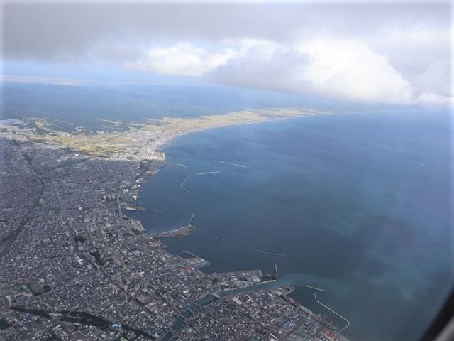 少子化対策、高齢者対策、日本の明日は明るい未来か、希望が持てる日本の社会づくり・・・琵琶湖、津軽平野_d0181492_07233020.jpg