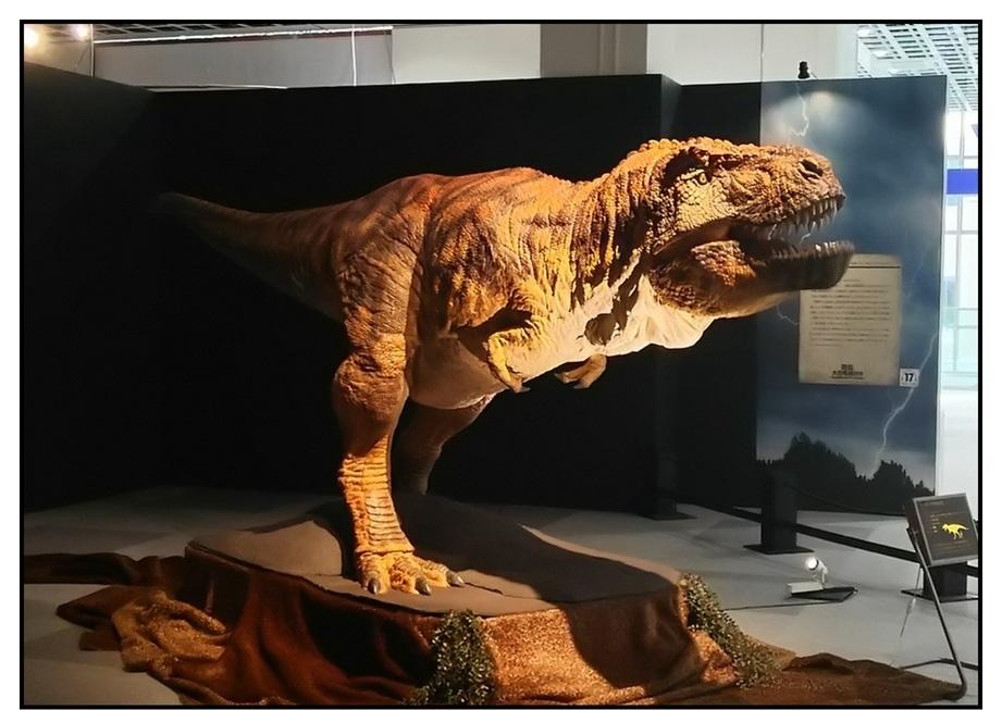 【漫画で雑記】青森大恐竜展2019は撮影可能!!_f0205396_14581992.jpg