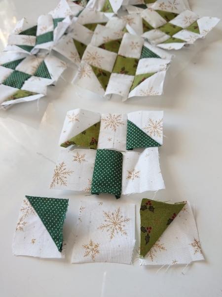 クリスマスツリーのミニタペストリー_a0122205_14334360.jpg