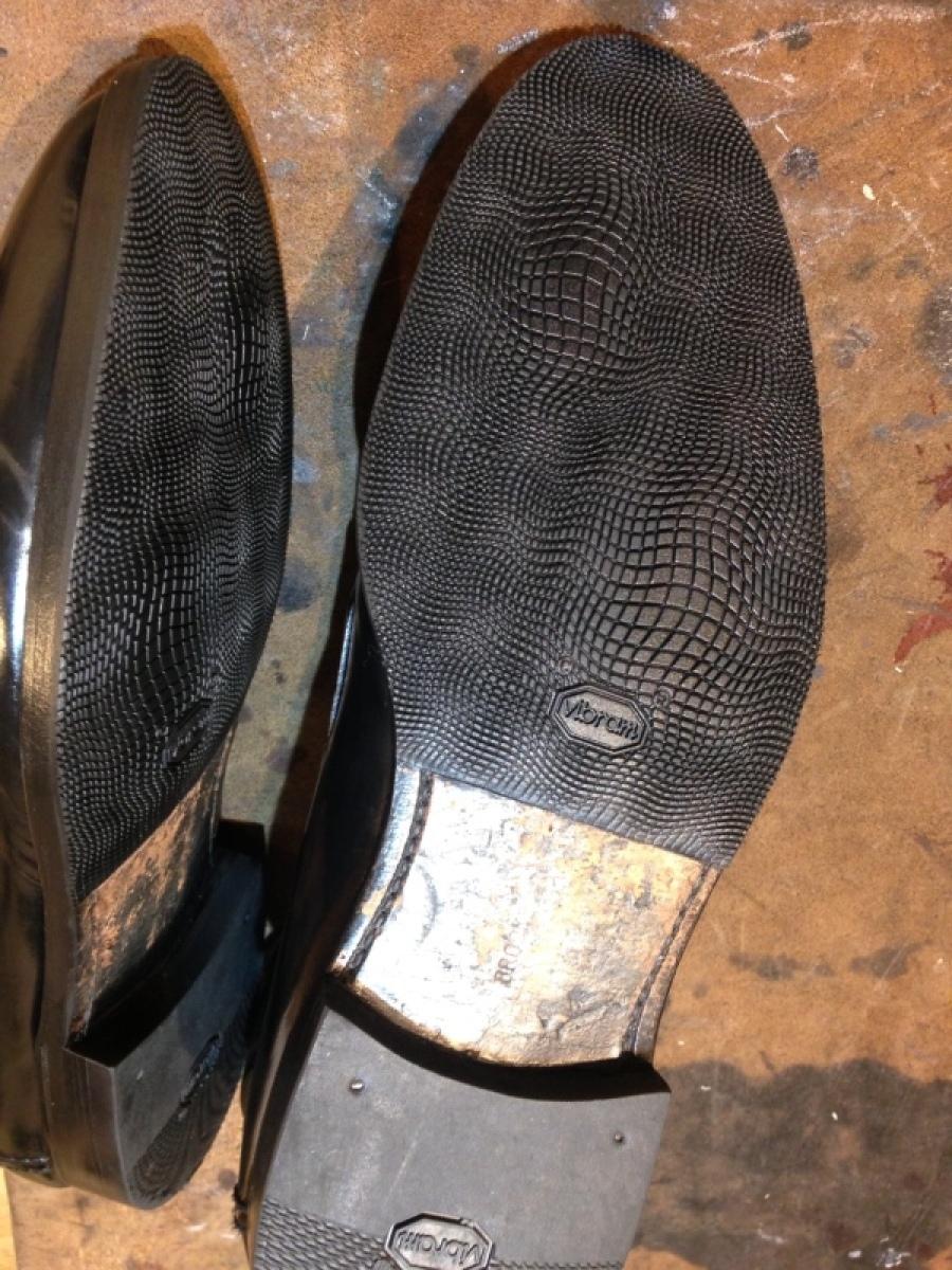 くつの修理もお磨きも _f0283816_15383754.jpg