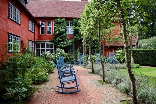 イギリスの旅3日目 ガーデンツアー 2日目 Wyken Vineyardsその1_e0194723_22283435.jpeg