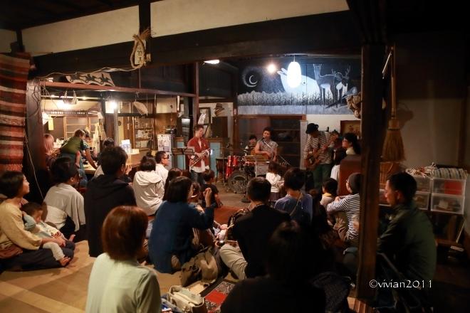 鹿沼 粟野への大人の遠足番外編 ~裏山コンサート~_e0227942_22341449.jpg