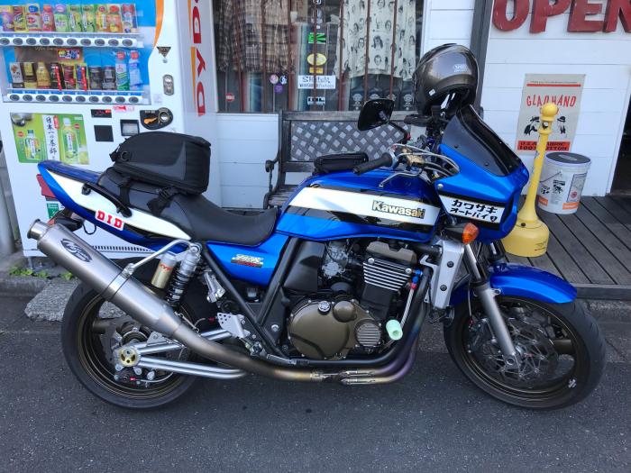 本日のバイク!_f0194657_17243056.jpg