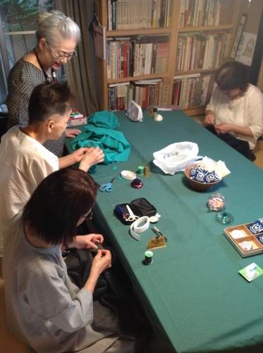 『ちくちく手縫いの会』冬のモードを先取り_b0153663_15050757.jpeg