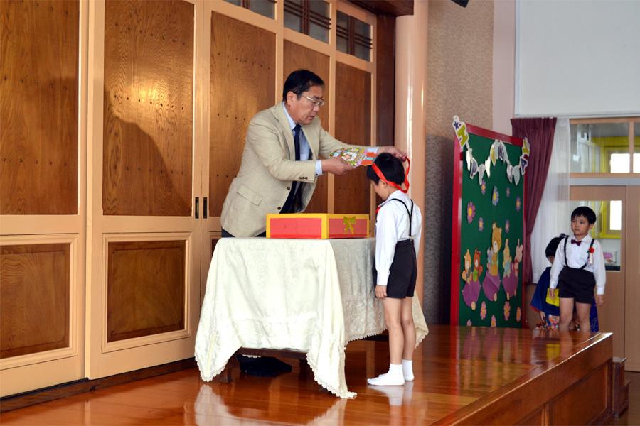 上宮第一幼稚園「お誕生会」_d0353789_15583538.jpg