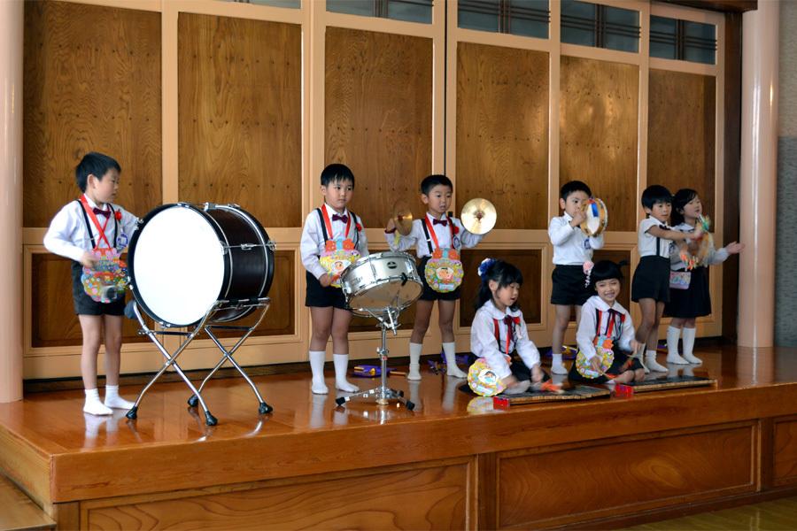 上宮第一幼稚園「お誕生会」_d0353789_15593702.jpg
