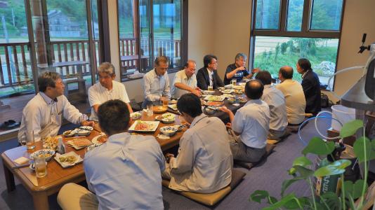 地域づくり協議会の事務長会議が開かれました_c0336902_18413168.jpg