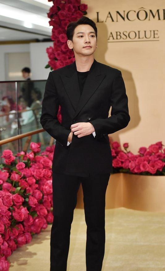RAIN&ソヒョン&イ・ジヌク&イ・ダヒ、化粧品ブランド「ランコム」のイベントに出席_c0047605_08443493.jpg