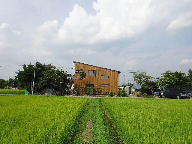 矢巾 田園の中の家 完成へ!_f0105112_04241351.jpg