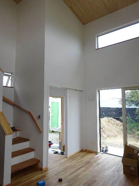 矢巾 田園の中の家 完成へ!_f0105112_04421860.jpg