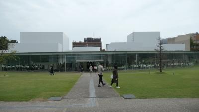 金沢21世紀美術館_b0074416_23374088.jpg