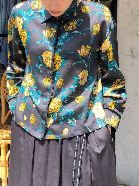 ANTIPAST  Cotton flowerprint blouse & seaislandcotton skirt_a0222424_21084022.jpg