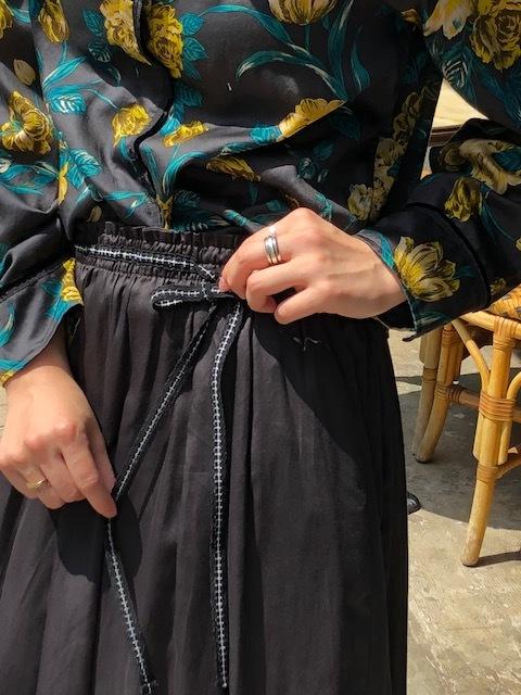 ANTIPAST  Cotton flowerprint blouse & seaislandcotton skirt_a0222424_21090715.jpg