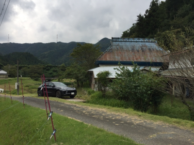 このところ、自分が使う別荘探しにあちこち見に行ってます。ドンピシャの物件ないですね〜_f0115152_14390912.jpg