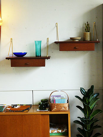 Teak wall shelf_c0139773_23242846.jpg