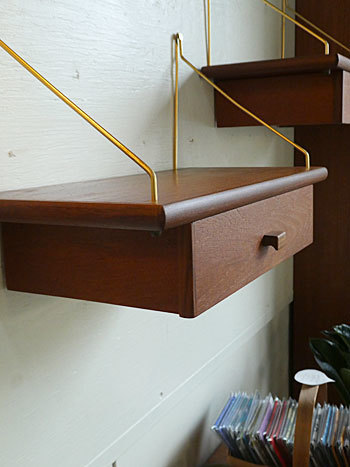 Teak wall shelf_c0139773_23295514.jpg