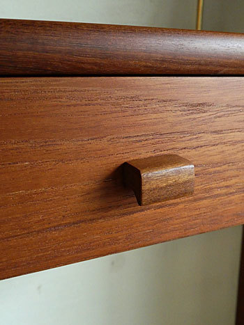 Teak wall shelf_c0139773_23311414.jpg