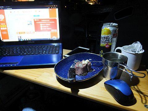富山で白エビ & 富山ブラック_e0146484_21085332.jpg