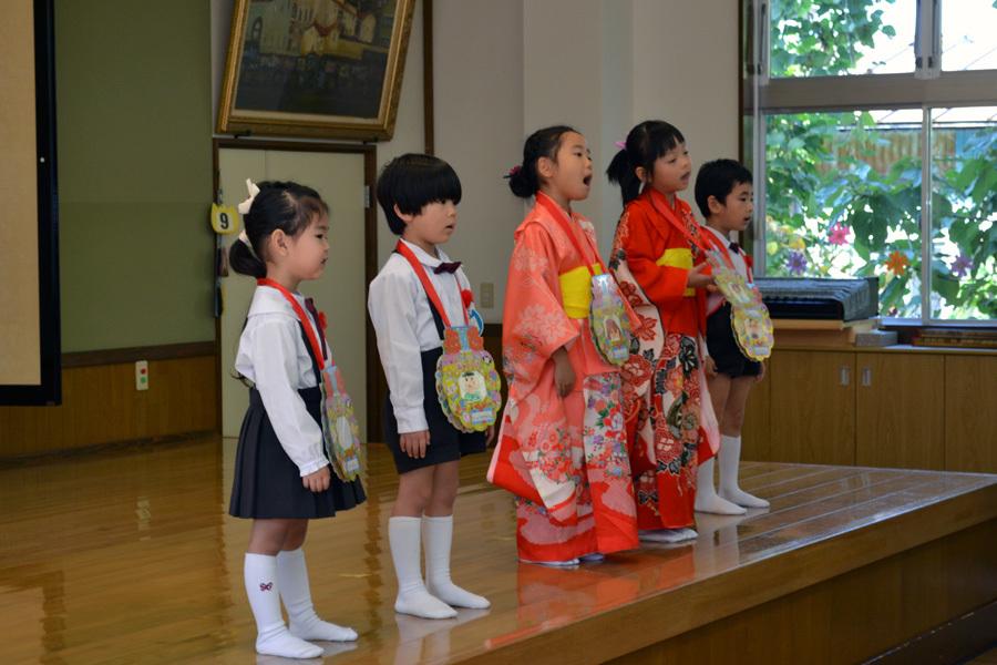 上宮第二幼稚園 「お誕生会」_d0353789_17253595.jpg