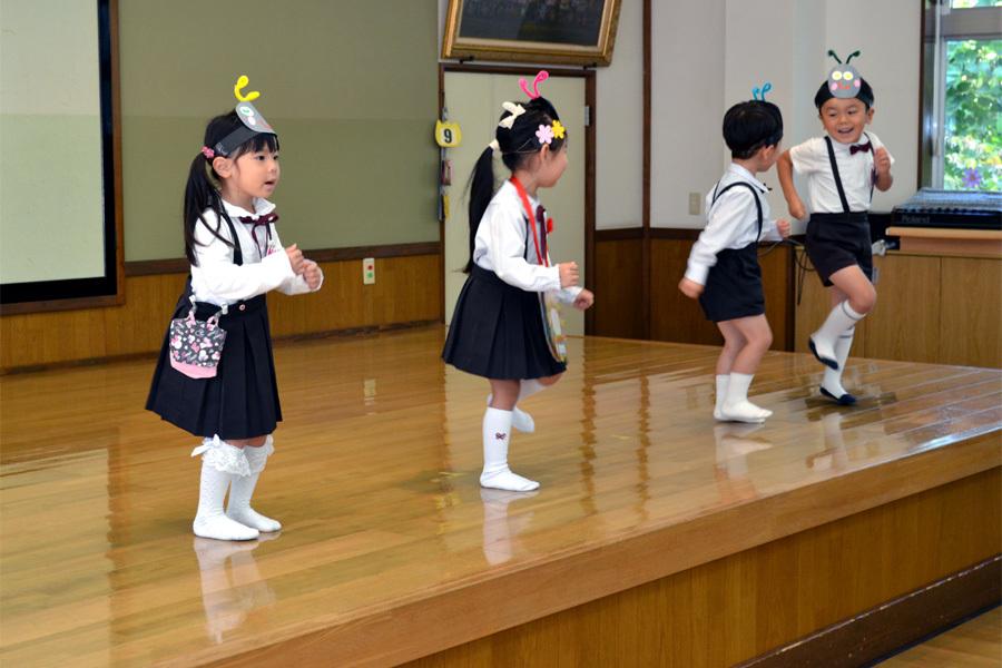 上宮第二幼稚園 「お誕生会」_d0353789_17254914.jpg