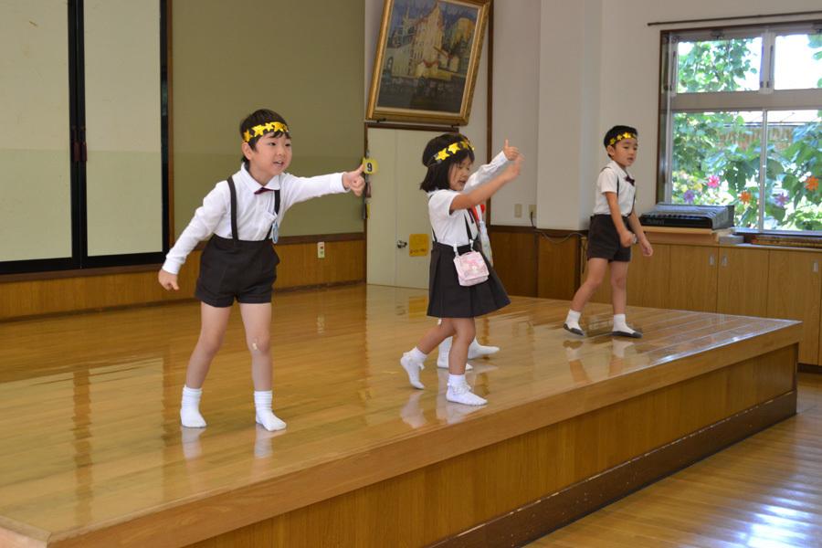 上宮第二幼稚園 「お誕生会」_d0353789_17255682.jpg