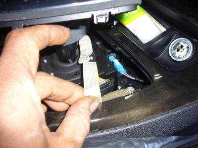 BMW 335クーペ (E90)シフトレバー修理_c0267693_08524839.jpg