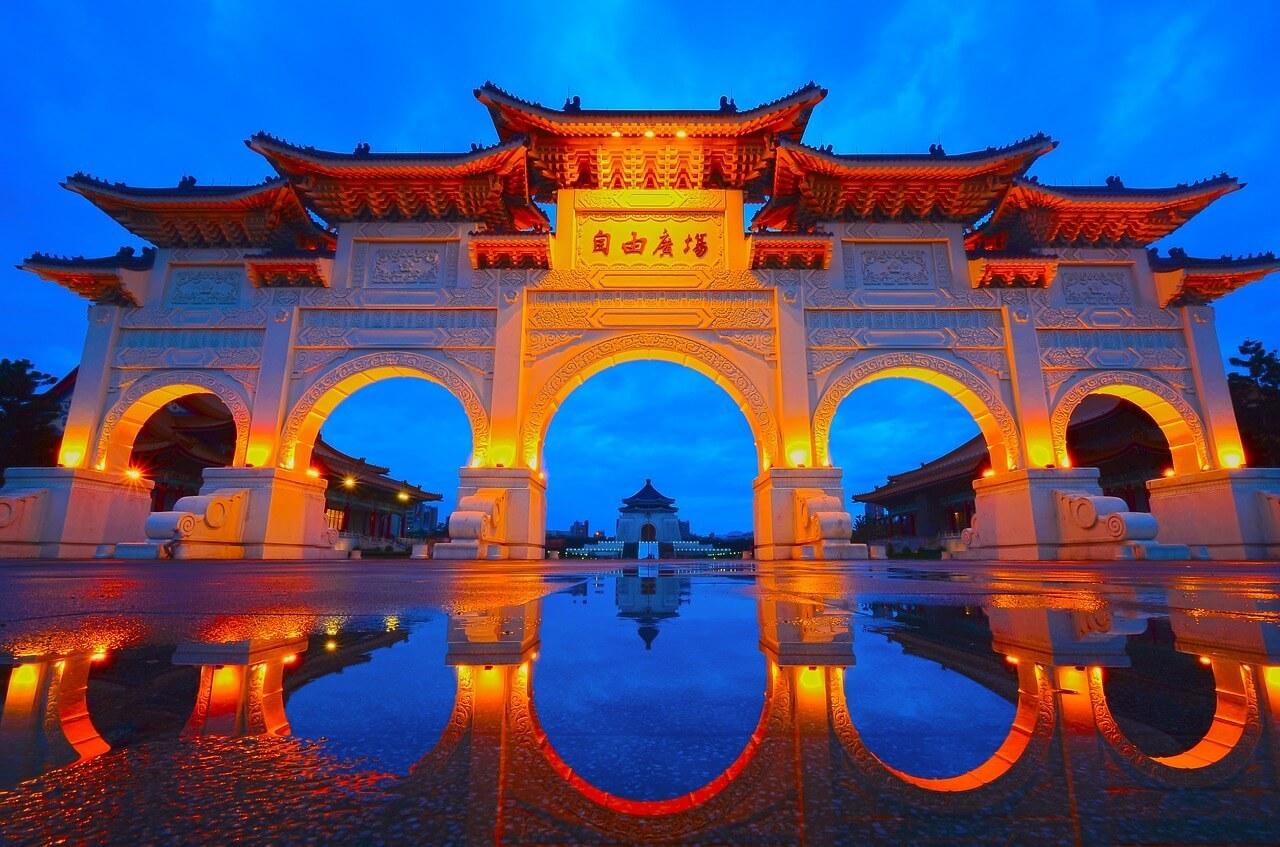 台湾からご来店のお客様_d0339896_23085378.jpeg