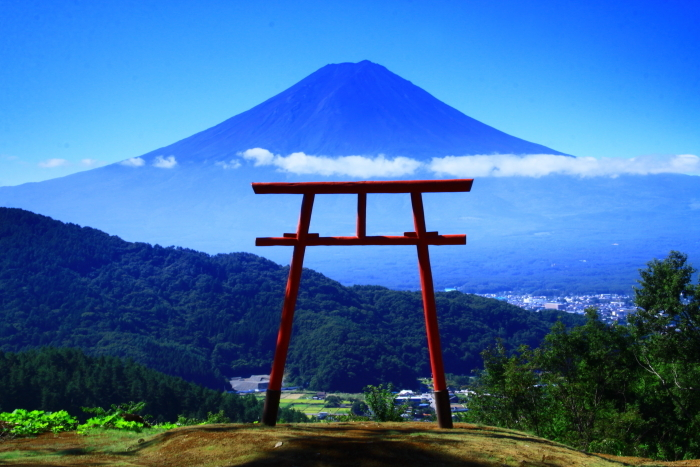 令和元年9月の富士(25)河口浅間神社の鳥居と富士_e0344396_16564116.jpg
