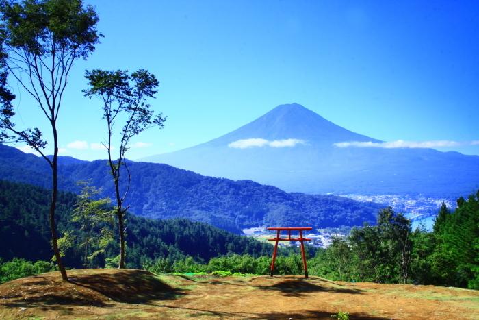 令和元年9月の富士(25)河口浅間神社の鳥居と富士_e0344396_16564967.jpg