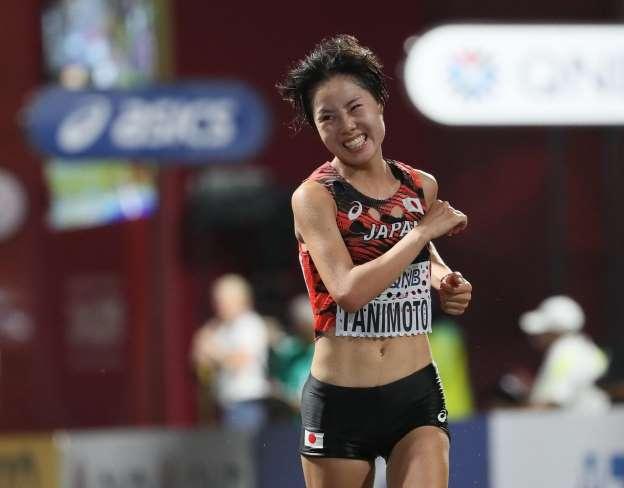 酷暑の世陸マラソン 史上最遅記録に4割途中棄権 コーチも「2度と走らせたくない」 _b0064113_12312717.jpg