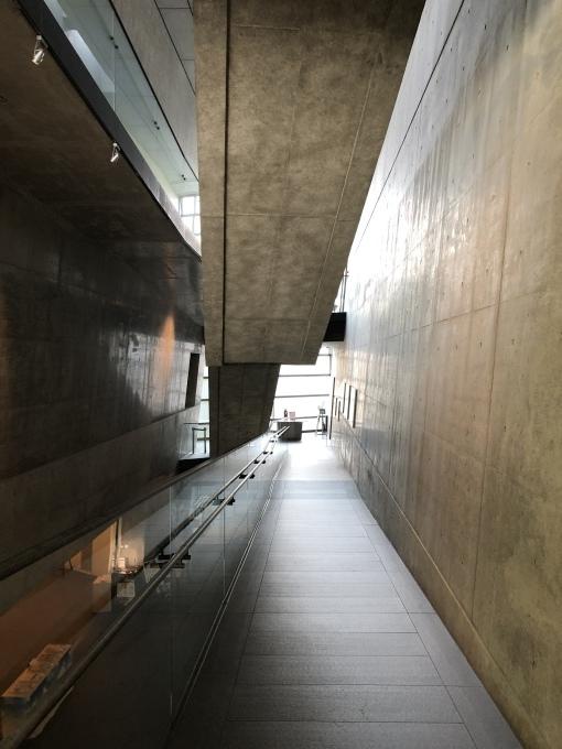 建築探訪_e0149215_22173943.jpeg