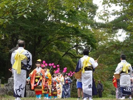 砥森神社例祭(御輿渡御)_c0111229_19135706.jpg