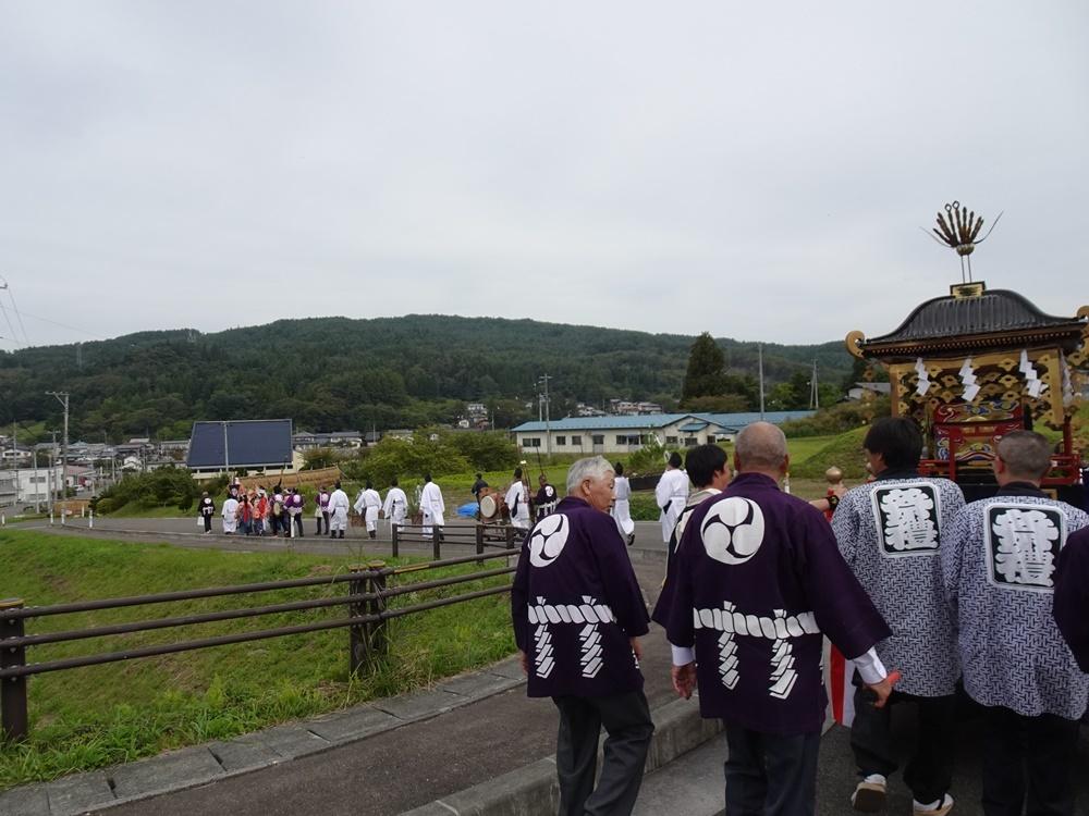 砥森神社例祭(御輿渡御)_c0111229_19140781.jpg